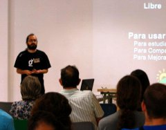 Charla durante el Software Freedom Day